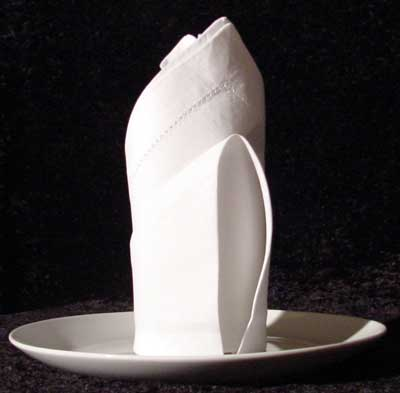 RoseBud cloth napkin fold