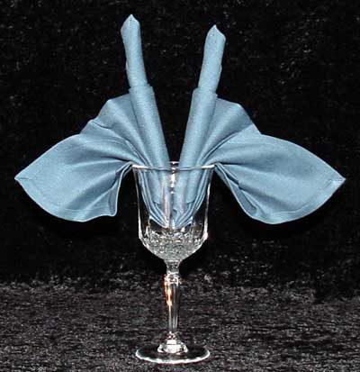 The Goblet Candle Fan Napken Fold